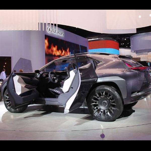 Lexus Akan Perkenalkan Versi Produksinya UX Concept di Genewa