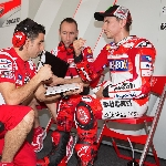 MotoGP: Loris Capirossi Akui Penampilan Lorenzo kurang Agresif