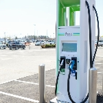 Perusahaan Infrastruktur Ini Join Bareng Tesla, Bangun Pengisian Daya Mobil Listrik
