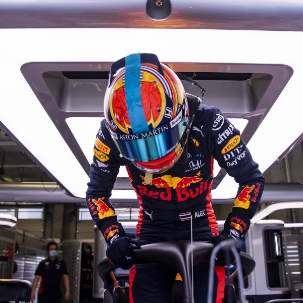 F1: Masa Depan Alex Albon di Red Bull Bakal Diputuskan Sebelum Pergantian Tahun