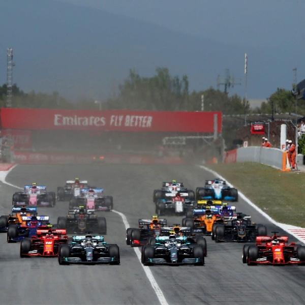 Max Verstappen Akui Mercedes 'Sangat Cepat' dan Layak Sukses di F1