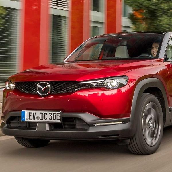 Mazda MX-30 Raih Penghargaan Design Car of the Year