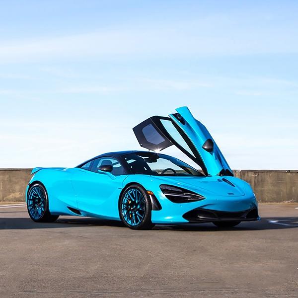 Modifikasi Serba Biru Ini Pas Buat McLaren