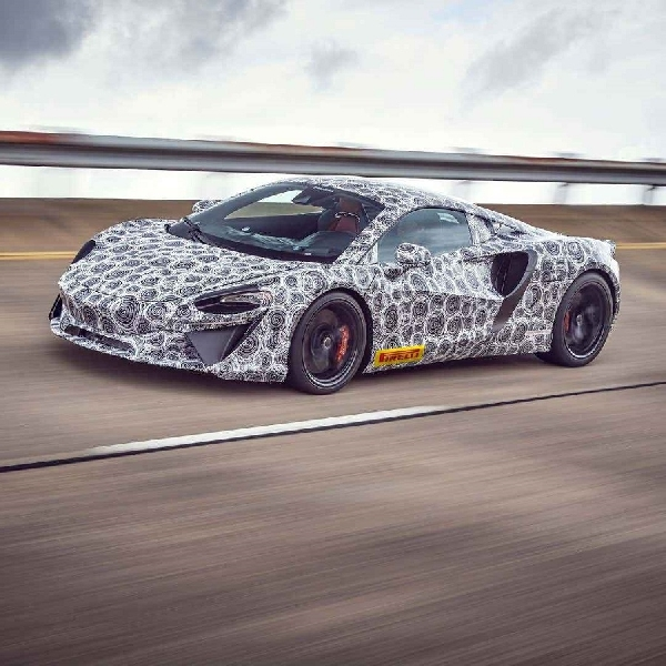 McLaren Konfirmasikan Kehadiran Supercar Hybrid 2021