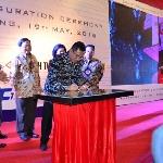 Menteri Perindustrian Resmikan Pengetesan Ban Terbesar di Karawang