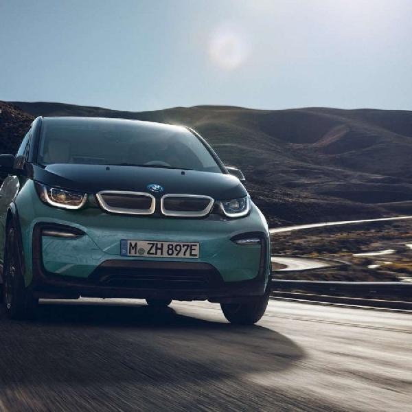 "Menuju ""Greenest EV"", BMW Kembangkan Teknologi Sel Baterai Baru"