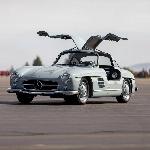 Wow! Mercedes-Benz 300 SL 1957 Berhasil Terjual Dengan Harga Rp22 Miliar
