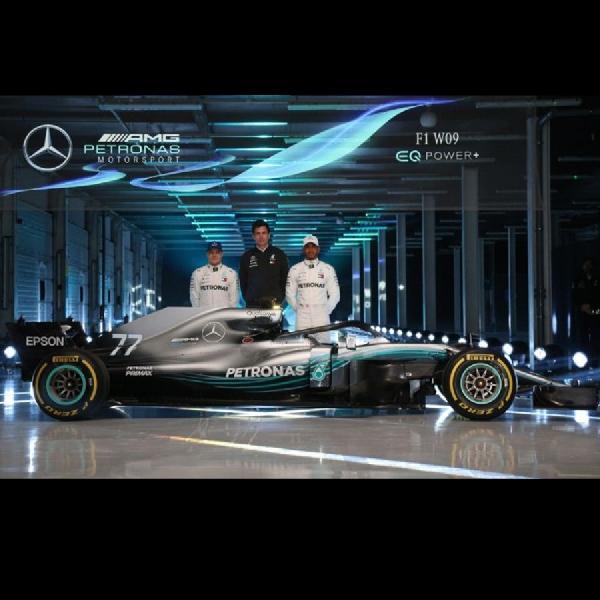 Mercedes Perkenalkan Mobil F1 W09 EQ Power+ 2018