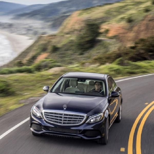 Mercedes-Benz C 350 e Plug-In Hybrid Rilis Video Natal
