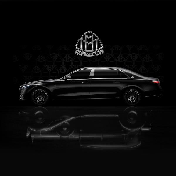 Mercedes Pamerkan Teaser Maybach S-Class Dengan Mesin V12