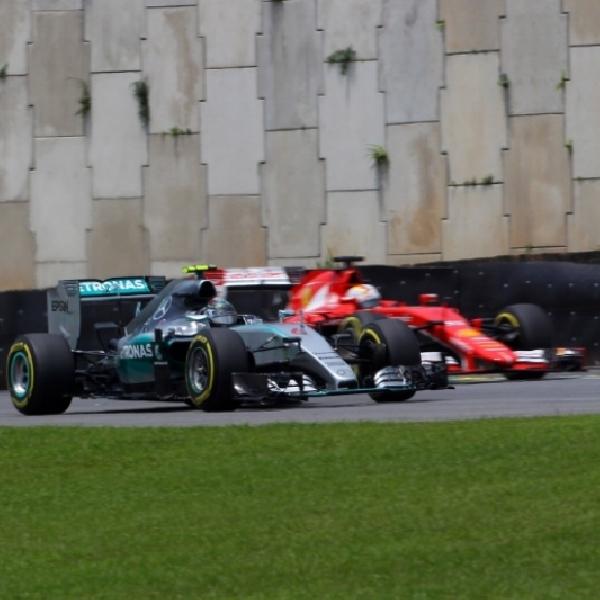 F1: Mercedes Tantang Ferrari Musim Depan