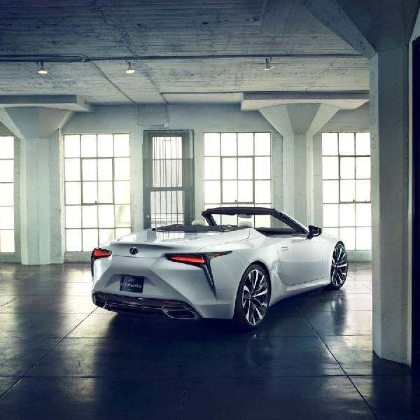Lexus Persiapkan LC Konvertibel di Detroit Auto Show