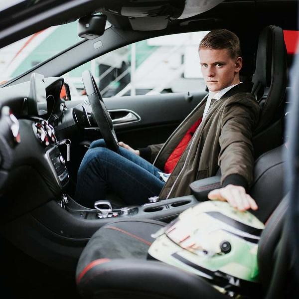 F1: Mercedes Yakin Mick Schumacher Bisa Sukses Di Formula 1