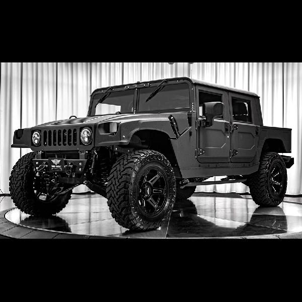 Edisi Terbatas Hummer H1 Mil Spec 007 Siap Dipinang dengan Rp4,2 Miliar