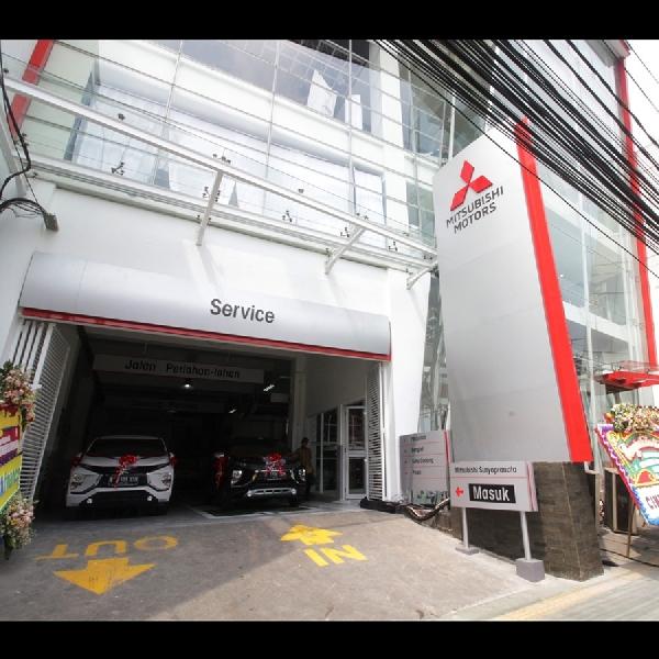 Mitsubishi Kembali Resmikan Diler Kendaraan Penumpang di Jakarta Pusat