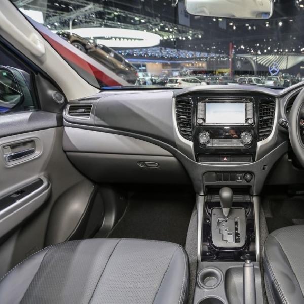 Mitsubishi Triton Terbaru Hadir Lebih Segar Didalam Kabin
