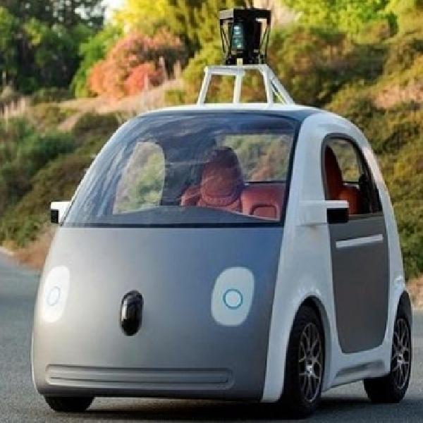 Mobil Google Alami Kecelakaan dengan Bus, Ini Penjelasannya?