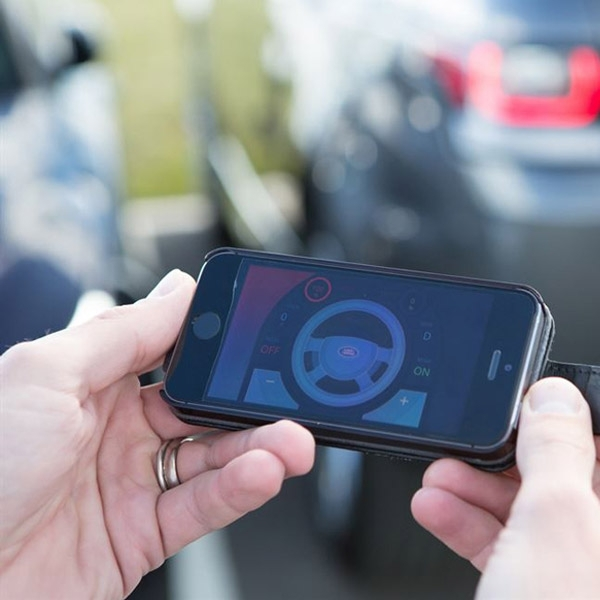 Mobil Masa Depan Akan Andalkan Jaringan Internet