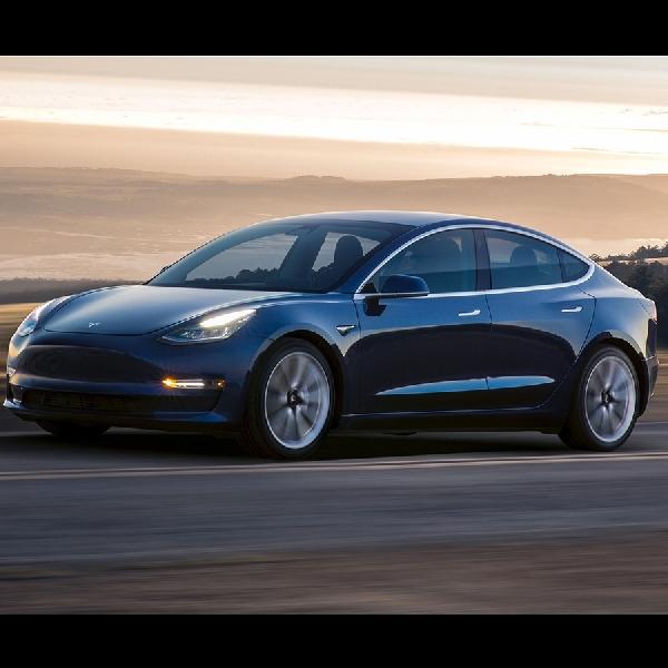Tesla Menghentikan Perakitan Demi Mempersingkat Produksi