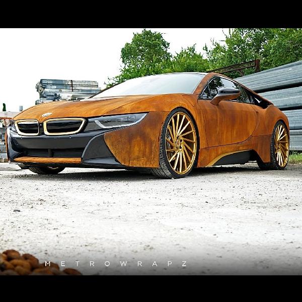 Modifikasi BMW i8 Seolah Dikamuflase Karatan
