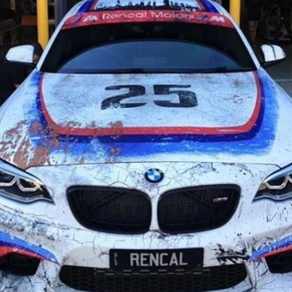 Modifikasi BMW M2 terlihat lebih lawas