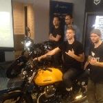 2 Moto Guzzi Akan Jelajahi Pulau Lombok