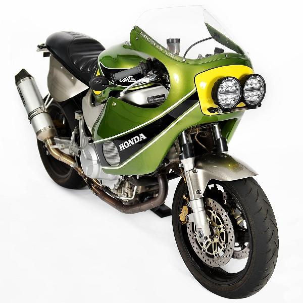 4 Model Sepeda Motor Kustom dari Australia, Jakarta, India dan Rusia