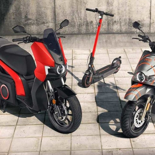 Produksi Sepeda Motor Listrik Pertama SEAT Dimulai: SEAT MO E-Scooter 125