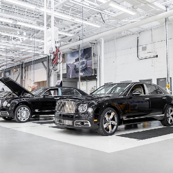 Mulsanne Makers: Master Craftspeople di Balik Kemewahan The Grand Bentley