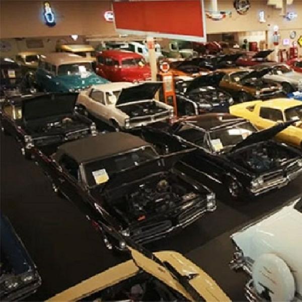 Muscle Car Museum Melelang 200 Mobil Klasik, Diantaranya 80 Corvette