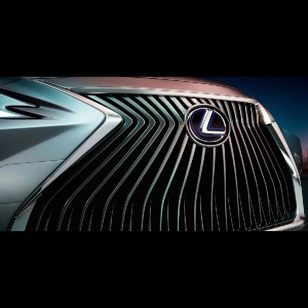 Teaser Sedan Lexus ES Tampil Lebih Mewah