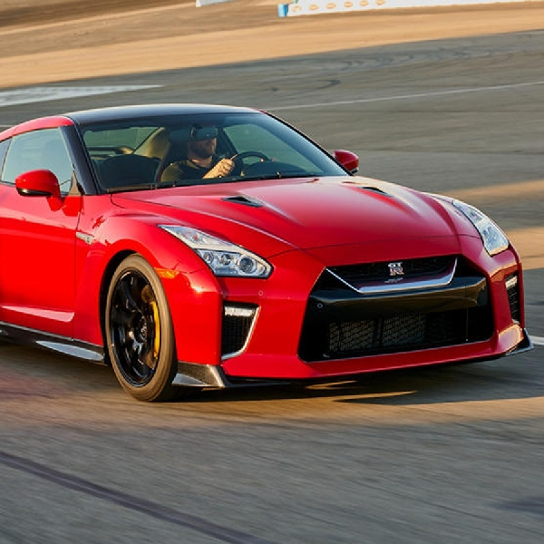 New Nissan GT-R 2022 Hadir Dengan Tenaga Hybrid