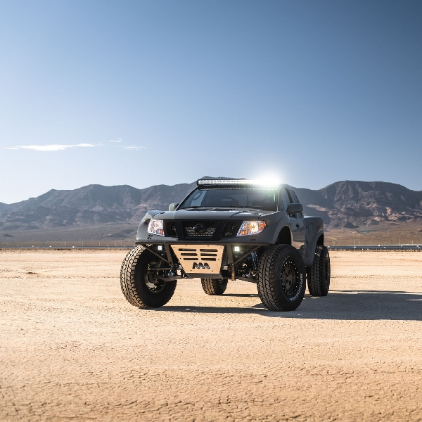 Desert Runner, Modifikasi Nissan Frontier V8 600 Hp