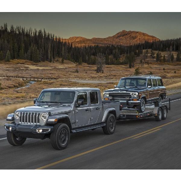 Jeep Gladiator Sudah Siap untuk Dijual