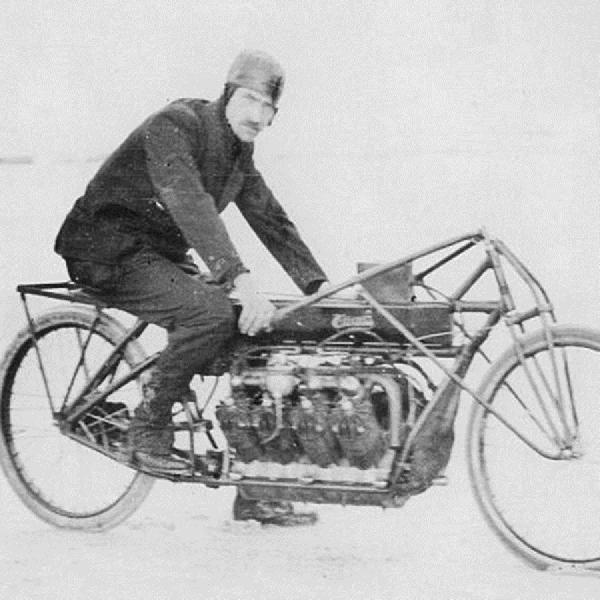 Curtiss Kenalkan Baterai V8 Pertama di Dunia