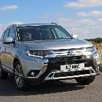 Mitsubishi Outlander Punya Mesin Bensin
