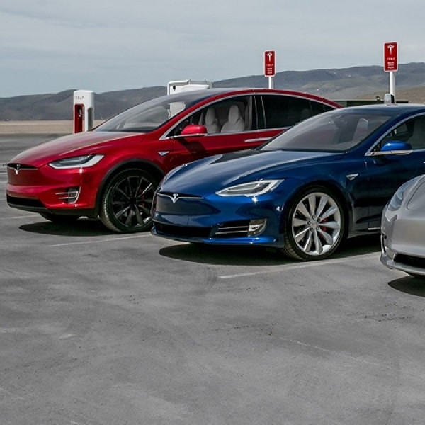 Tesla Pecahkan Rekor Penjualan