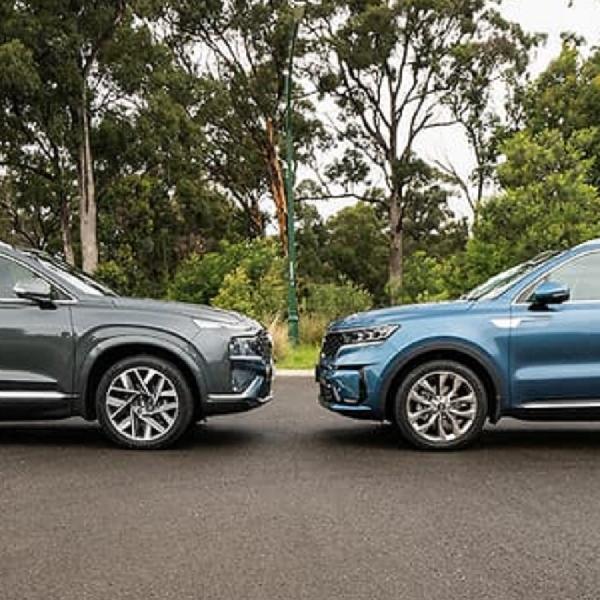 Perbandingan Antara Hyundai Santa Fe dan Kia Sorento 2021