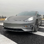 Tesla Model S Modifikasi, Kencangnya 11:12 Dengan McLaren F1