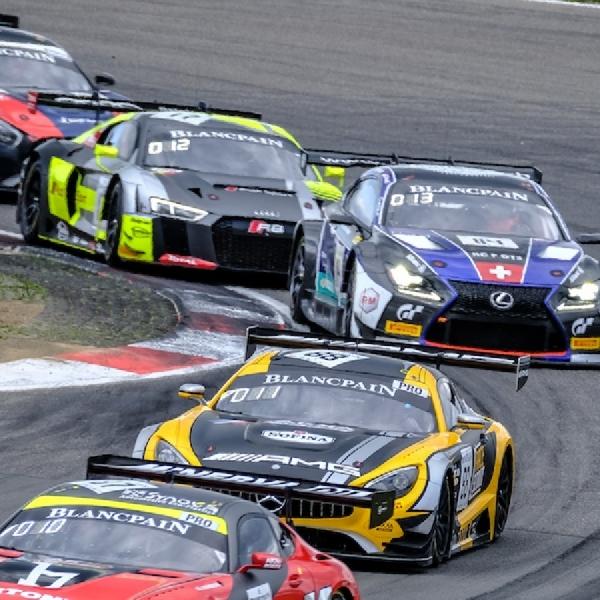 Blancpain Sepang  2019, Mercedes dan Porsche Saling Berbagi Kemenangan