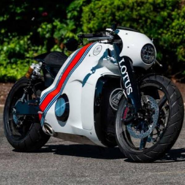 Lotus C-01 Concept Yang tak Pernah Muncul, Ini Turunan Modifikasinya dari Smoked Garage