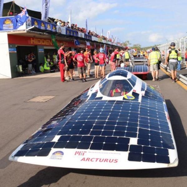 Bridgestone Komitmen Dukung World Solar Challenge pada tahun 2030