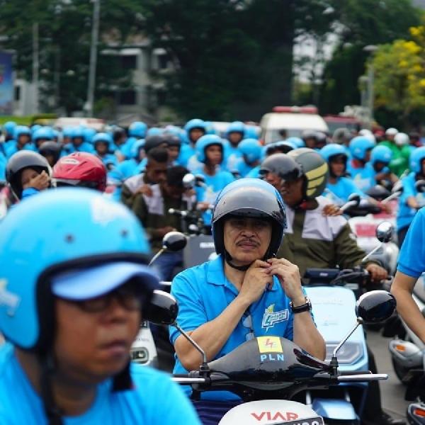 Ciptakan Udara Sehat, DKI Jakarta dan PLN Adakan Konvoi Bareng Motor Listrik