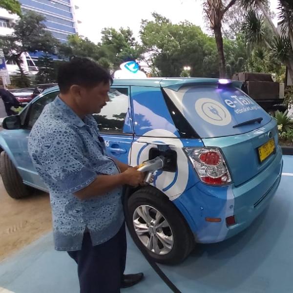 Dukung Penyebaran Mobil Listrik, PLN Resmikan SPKLU