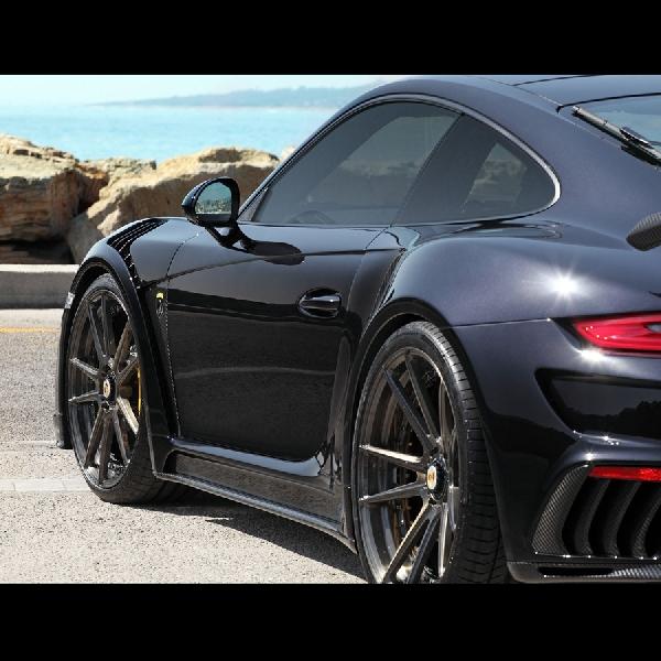 Porsche 911 Turbo Carbon Fiber dari TopCar