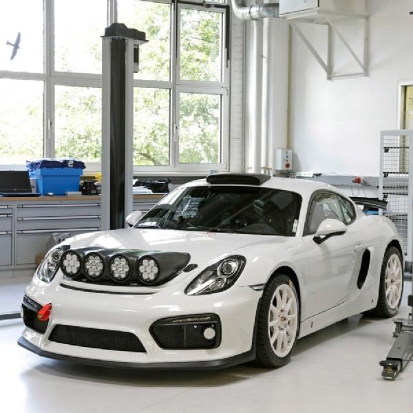 Modifikasi Porsche Cayman GT4 Clubsport, Dipersiapkan untuk Rallye   Enthusiast
