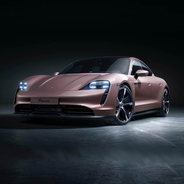 Porsche New Taycan GTS Siap Mengaspal