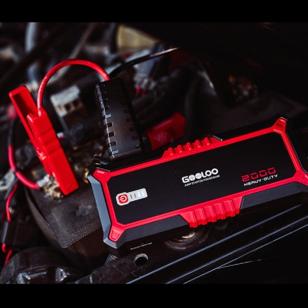 Gooloo G2000 Portable Jump Starter Solusi Atasi Baterai Mobil yang Drop