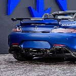 Posaidon Permak Mercedes-AMG GT R Roadster Menjadi 880 HP