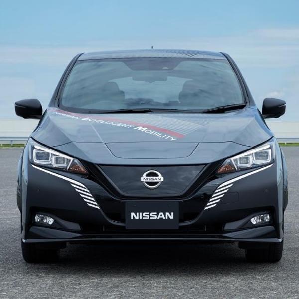Mobil Listrik Baru Nissan dengan AWD